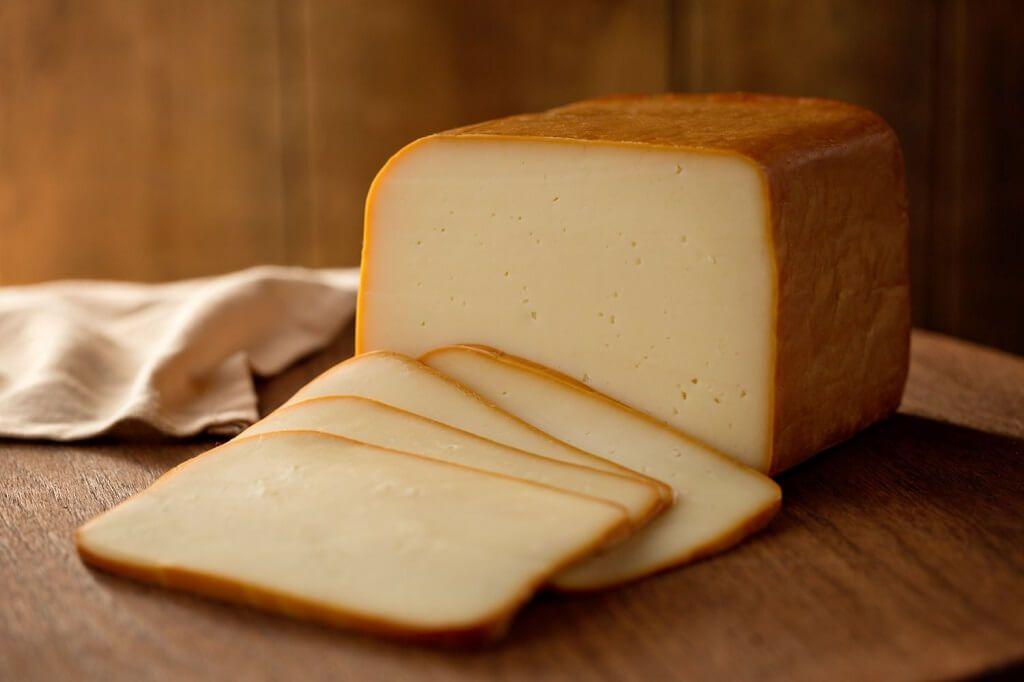 queso gouda ahumado artesanalmente